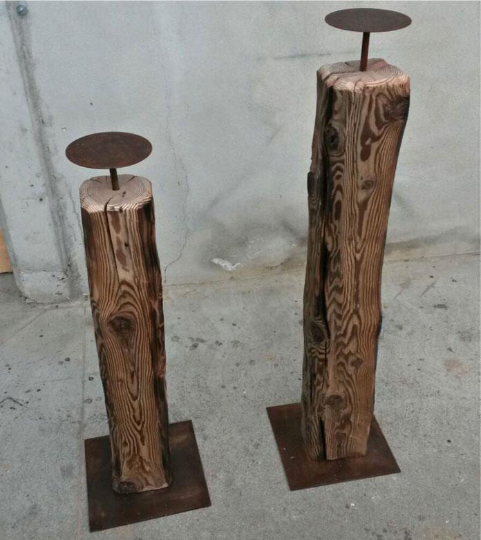 Candelabri in legno antico