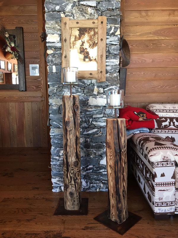 Portacandele e cornice del quadro in legno antico